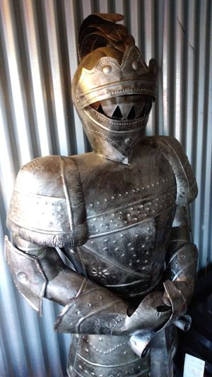 Unique suit of armor for Sale in Wichita, KS