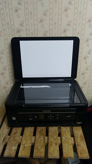 Epson Expression Home Xp-340 Wireless Color Photo Printer Scanner Copier for Sale in Richland, WA