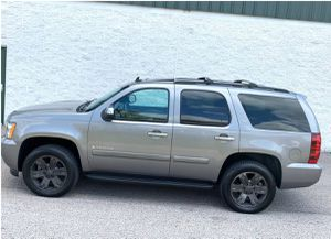 Excellent. Chevrolet Tahoe 2007 LTZ SUV Great Wheels for Sale in Pittsburgh, PA