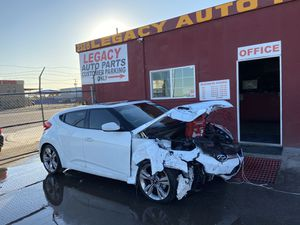 2013 Hyundai Veloster parts only for Sale in Phoenix, AZ