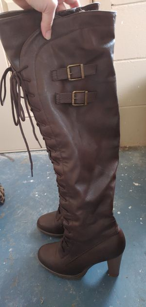 Size 9 thigh high boots for Sale in Orlando, FL