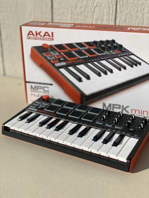 Akai MPK mini keyboard and pad controller for Sale in Whittier, CA