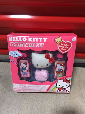 Hello kitty bath set for Sale in Morrisville, PA