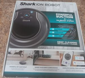 """Shark Robot """"Powerful Suction"""" for Sale in Houston, TX"""