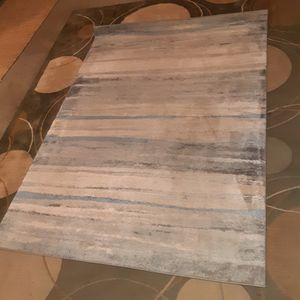 59 by 82 area rug for Sale in Los Angeles, CA