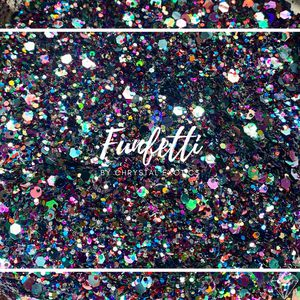 Small Chunky Multi-Purpose Craft | Body Glitter in Funfetti for Sale in Shawnee, KS