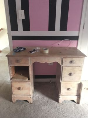 Antique vanity/ desk for Sale in Woodbridge, VA