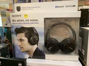 Headphones Sony for Sale in Modesto, CA