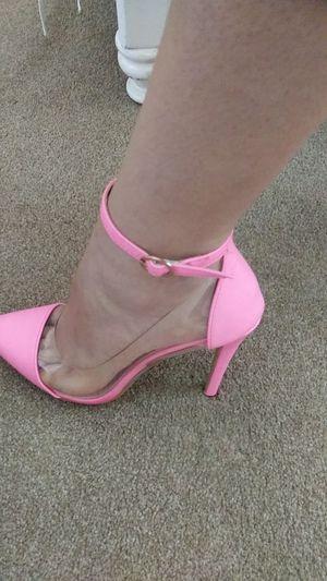 Neon Pink/ Clear Heel for Sale in Menifee, CA