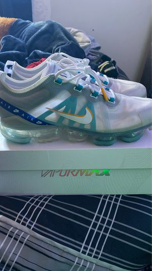 AIR VAPORMAX 2019 SE ( SIZE 11 ) for Sale in Clinton, MD
