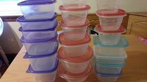 Food storage containers for Sale in Chicago, IL