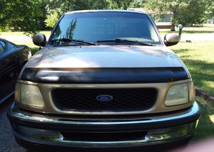 Ford f150 lariot for Sale in Muskegon, MI
