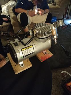 Mini Air Compressor With Airbrush And Hose  for Sale in Spokane, WA