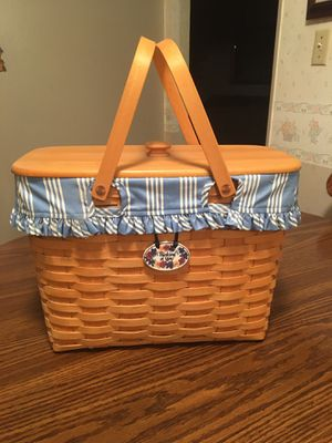 LARGE LONGABERGER BASKET for Sale in Stockton, CA