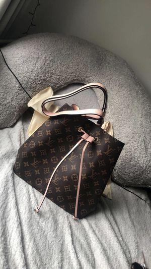 Louis Vuitton designer bag for Sale in Lake Dallas, TX