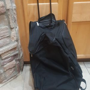 Extra Large Duffle Bag for Sale in Chandler, AZ
