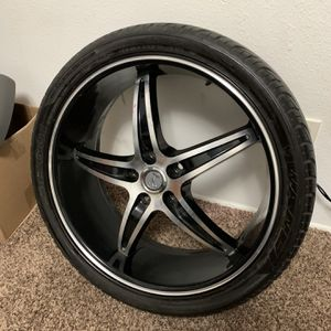 Velocity Wheel With 245/35/20 Tire for Sale in Vancouver, WA