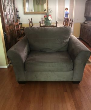 Love Seat for Two for Sale in Burke, VA