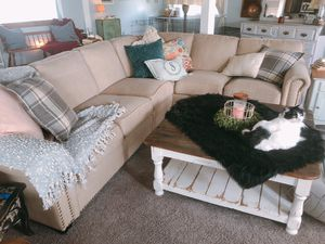 Sectional Couch for Sale in Yelm, WA