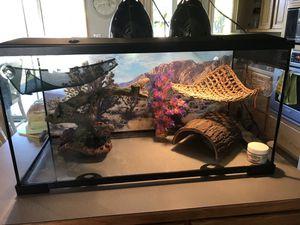 Reptile tank for Sale in Marysville, WA