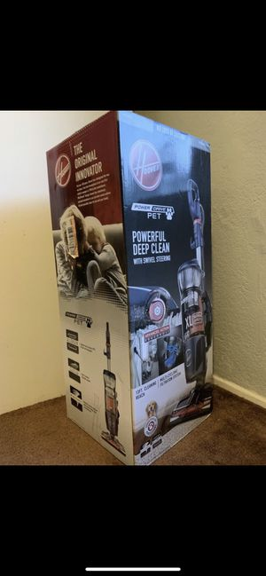 Hoover Powerful Deep Clean Vacuum for Sale in Buena Park, CA