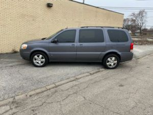 2007 chevy uplander van for Sale in Chicago, IL