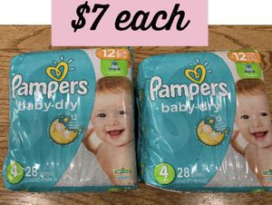 Pampers size 4 for Sale in Chicago, IL