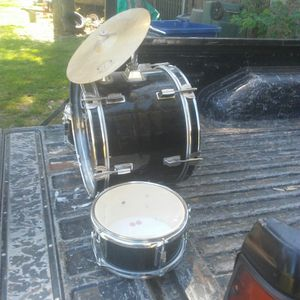 Drum Set for Kids, not complete 5 bucks for Sale in Suitland, MD