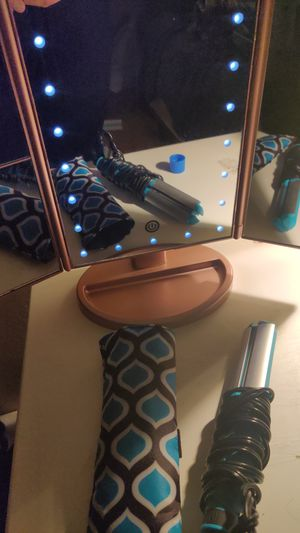 Brand New Mini Conair hair straightener for Sale in Escondido, CA
