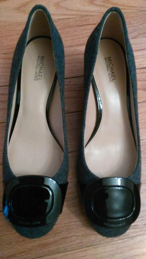 Authentic Michael Kors brand new still close in box shoes for Sale in Dearborn, MI