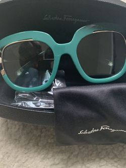 Brand New Women's Sunglasses for Sale in Malden,  MA