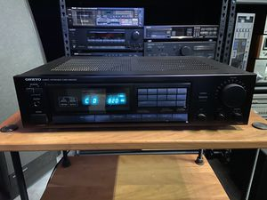Onkyo Receiver TX-811 for Sale in HOFFMAN EST, IL
