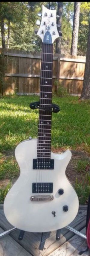 PRS SE single cut Guitar white & walnut binding set up to Spa* perfection w original gig bag (msr 943+t) for Sale in Spring, TX