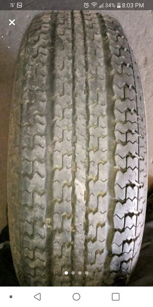ST225/75R15 used tire for Sale in Muscoy, CA