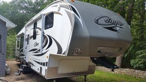 2013 Keystone Cougar 327RES for Sale in Haddam, CT