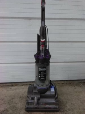 Dyson animal vacuum for Sale in Seminole, FL
