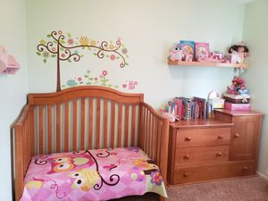 4 in 1 convertible crib toddler full size bed with changing table/dresser in excellent condition $250 OBO for Sale in Oceanside, CA