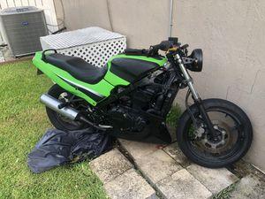 Kawasaki Ninja 2006 Motorcycle for Sale in Pembroke Pines, FL
