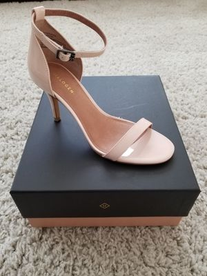 Nude patent leather heels for Sale in Fontana, CA