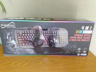 Key Board Gamer Set for Sale in Fontana,  CA