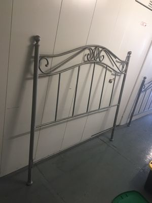 Bed metal bed , frame full-size for Sale in Baldwin Park, CA