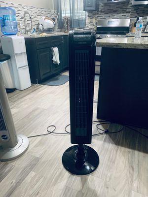 Black &Decker tower fan great conditions, works great for Sale in Bakersfield, CA