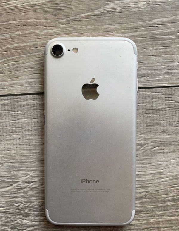 IPhone 7 clean IMEI