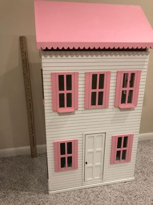 Dollhouse for Sale in New Brighton, MN