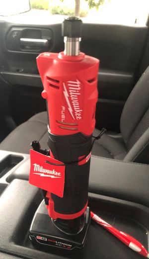 Milwaukee die grinder with 4.0 battery for Sale in Independence, MO