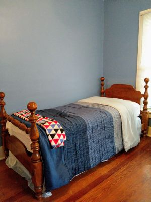 Ethan Allen twin long bed for Sale in Grandview Heights, OH