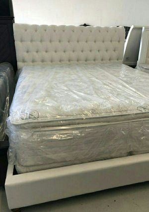Serta Pillow Top Mattress Queen for Sale in Las Vegas, NV