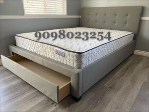 Queen Gray tufted bed w. Drawer and orthopedic mattress included for Sale in Rancho Cucamonga, CA