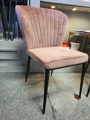 Occasional chair, pink velvet for Sale in Las Vegas, NV