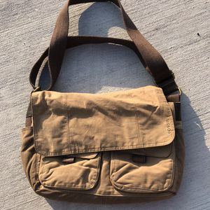 Authentic Fossil Messenger Bag for Sale in Whiting, IN